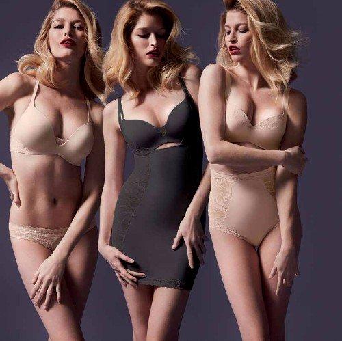 tre modelle con biancheria intima di color nero e beige