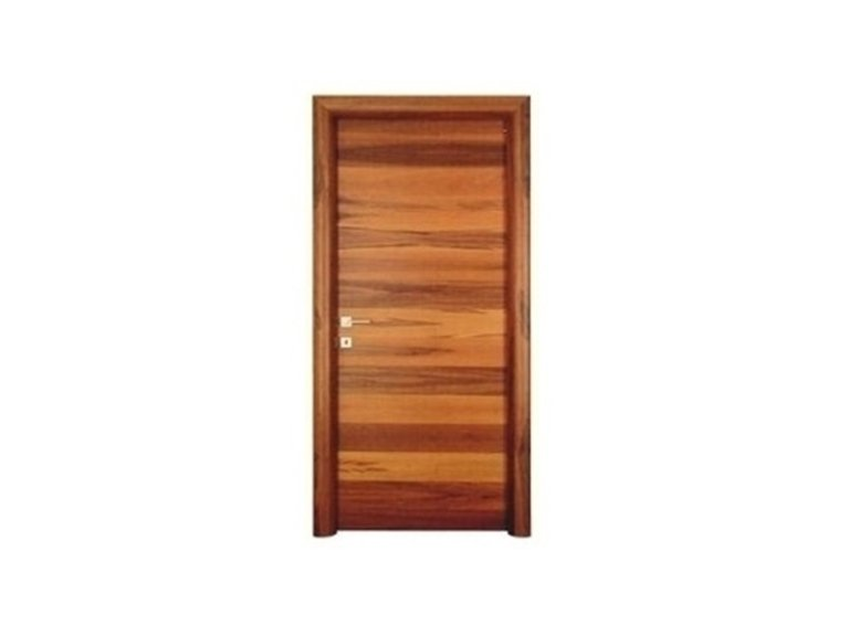 Porta in legno lucido