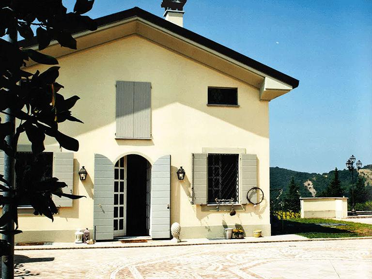Dopo la ristrutturazione villa con giardino