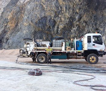 line pumping truck with man