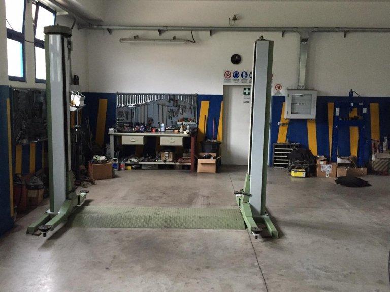 elettrauto - Parking Car & Yacht Service - Marciana Marina (LI)