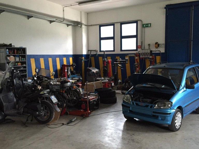 autofficina - Parking Car & Yacht Service - Marciana Marina (LI)