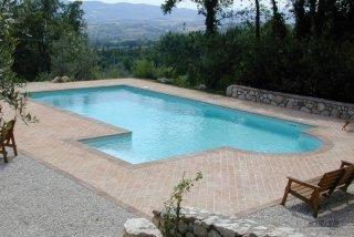 piscina con skimmer
