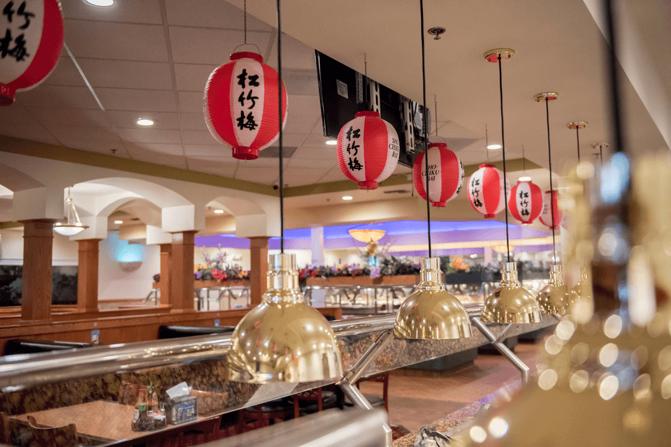 Spacious dining at Sapporo Seafood Buffet