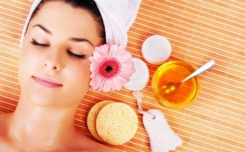 prodotti per massaggio al viso