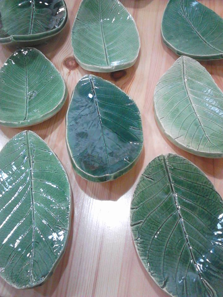 foglie in ceramica