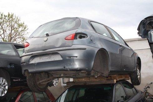 servizi di rottamazione, demolizione automobili, recupero pezzi automobili