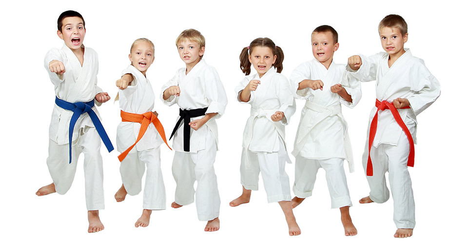kids showing karate moves
