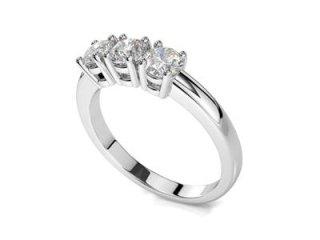 Anello trilogy con diamanti 0,75 ct