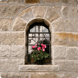 Arco in Pietra Arenaria di Verezzo