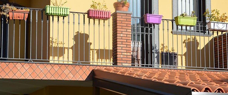 Balcone di una casa a Mascalucia