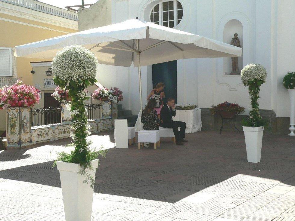 Allestimenti per matrimoni con composizioni floreali