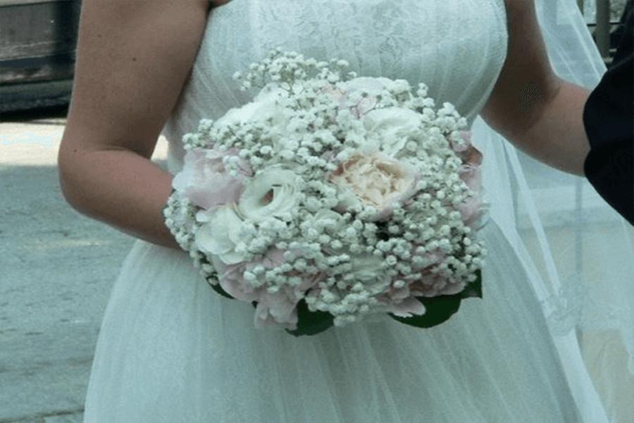 Bouquet di fiori per sposa peonie e ortensie