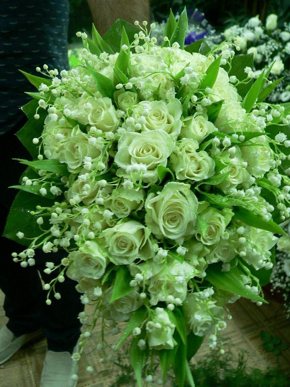 Bouquet di fiori per sposa