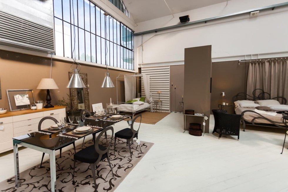 Mobili calenzano elegant pianezza to with mobili for Outlet arredamento calenzano