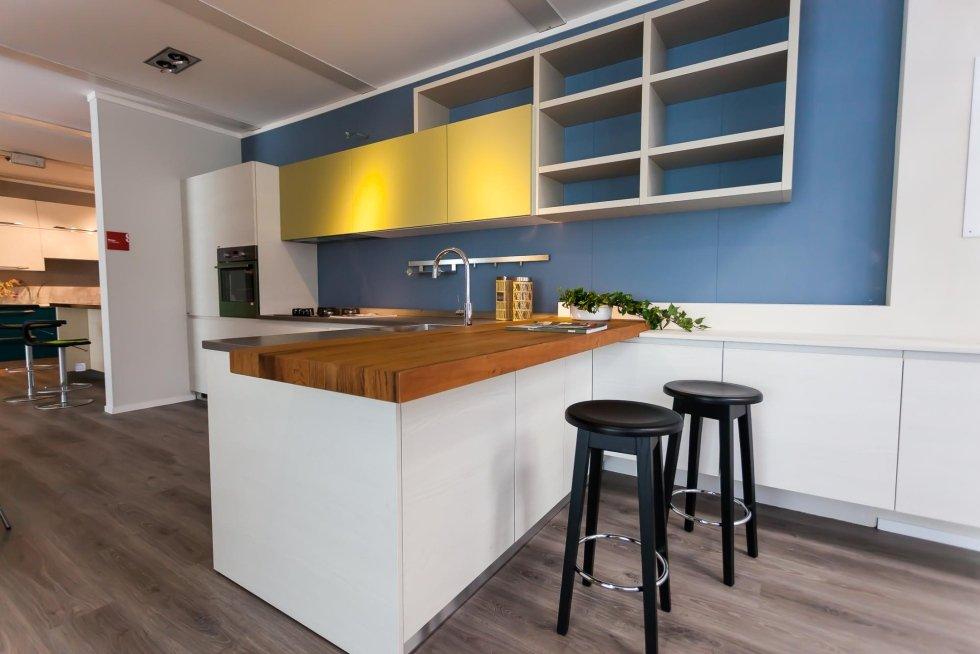 Cucina Con Bancone Bar. Free Arredare Con I Pallet Come Fare ...