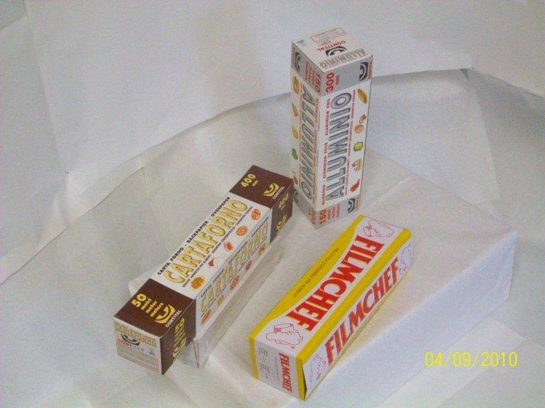 Rotoli alluminio, pellicola, carta da forno con astuccio