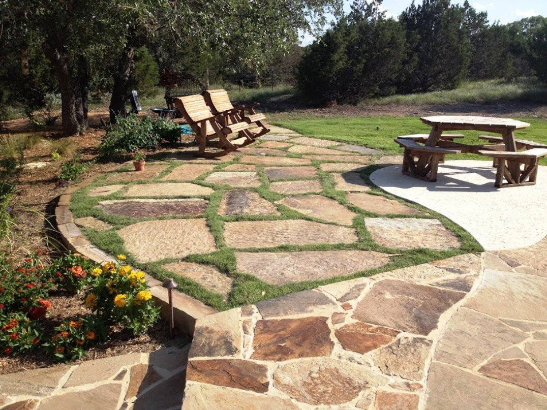 flagstone landscaping contractor in New Braunfels, TX