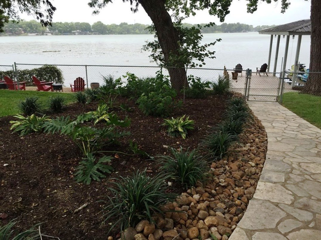 flagstone landscaping contracting in San Antonio, TX