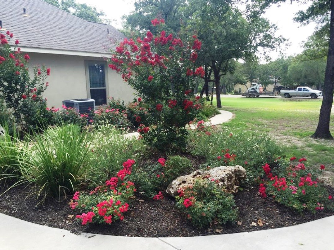 garden landscaping in New Braunfels, TX