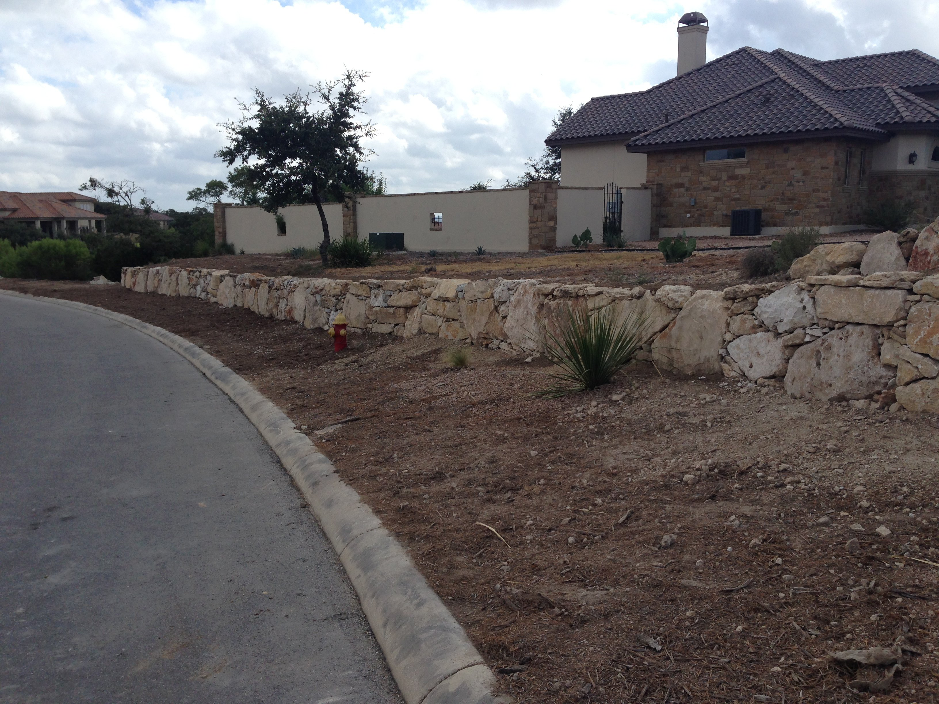 stone landscaping contractor in San Antonio, TX