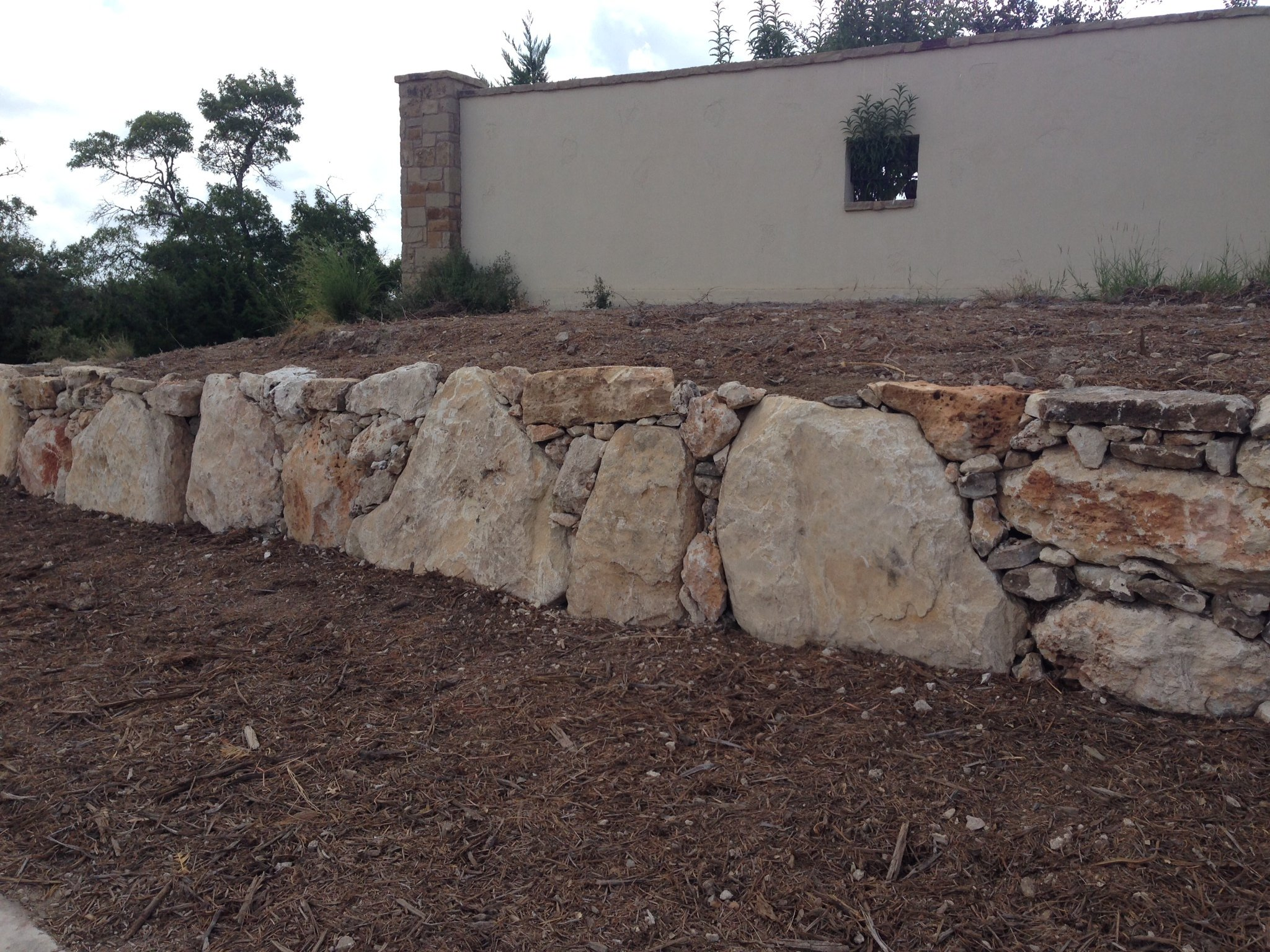 stone landscaping contractor in Seguin, TX