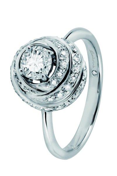 anello con diamante contemporaneo