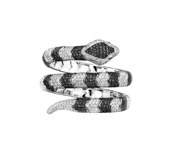 anello a forma di serpente con brillanti