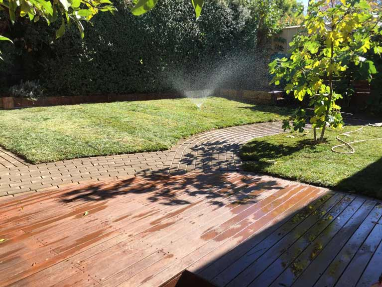 Hedging services canberra brains home and garden care for Home and garden maintenance services
