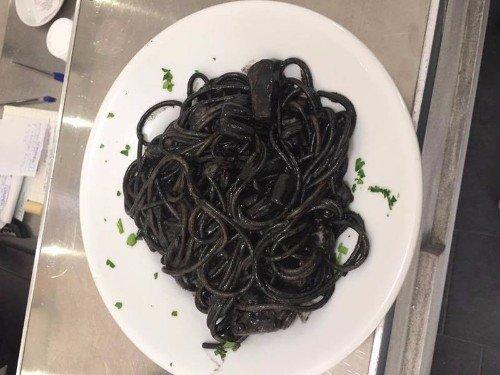 Spaghetti con nero di seppia