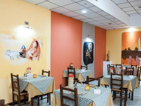 Volete sorprendere il vostro partner? Prenotate presso il ristorante Grillo Verde.