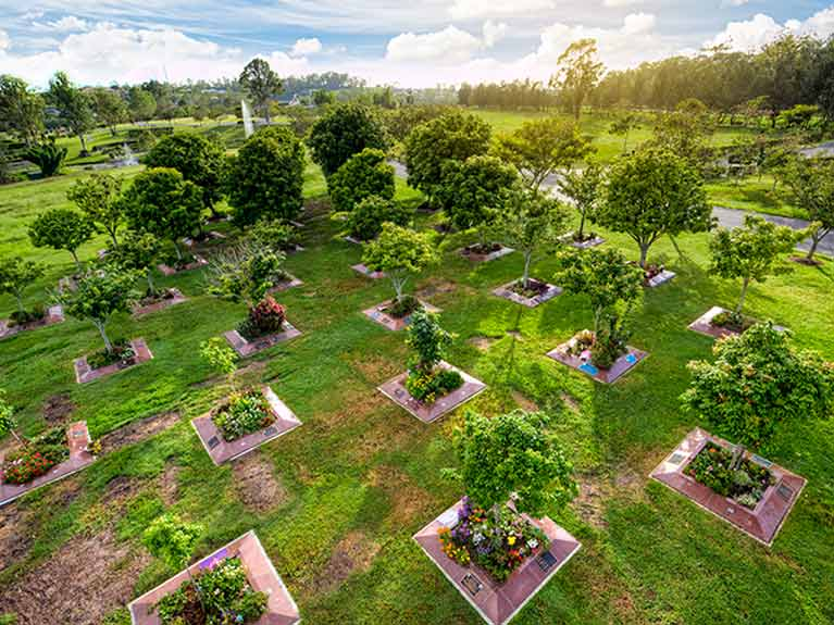 Centenary Memorial Gardens Arbor Lawn Cemetery