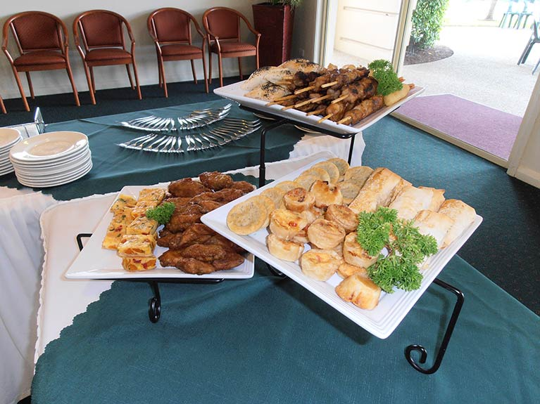 This is an image of the Hot Food Selection at Centenary Memorial Gardens Catering room