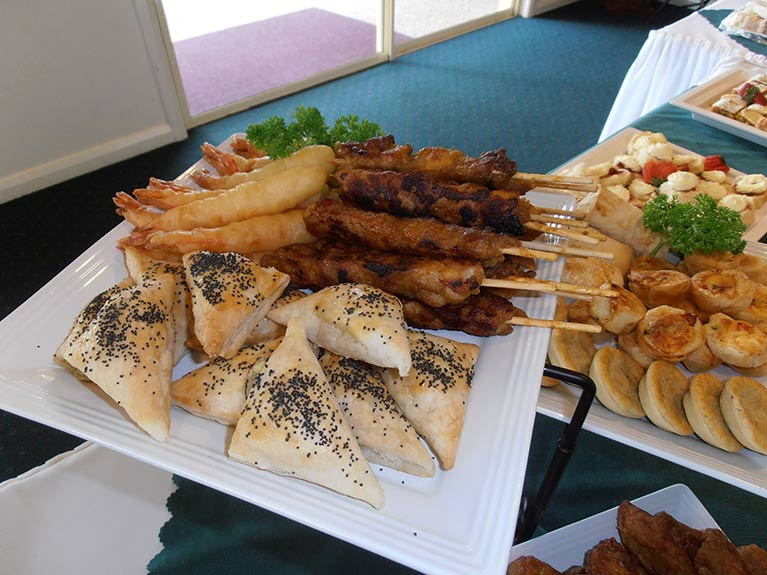 This is an image of the Centenary Memorial Gardens Catering Hot Mixed Platter