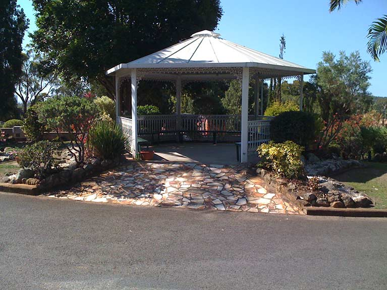 This is the Rotunda that is in the carpark of the East Chapel at Mt Thompson Memorial Park