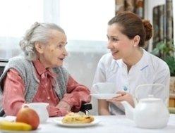 assistenza anziani parzialmente autosufficienti