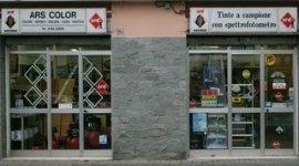 vetrina del negozio  ARS COLOR