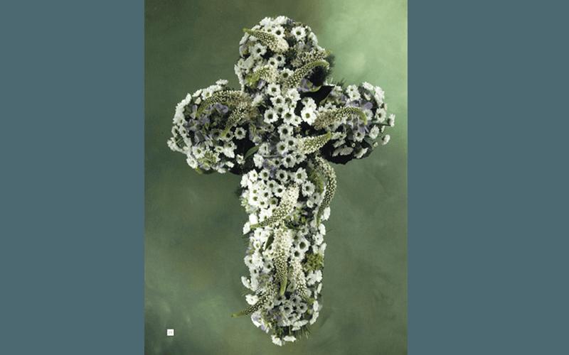 Composizioni floreali per funerali terni