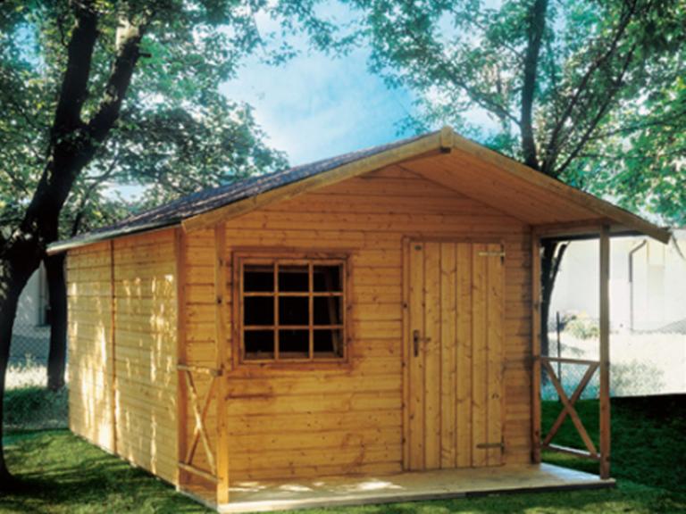 casetta con struttura in legno
