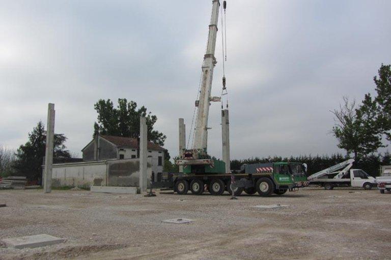 mezzi per costruttori edili