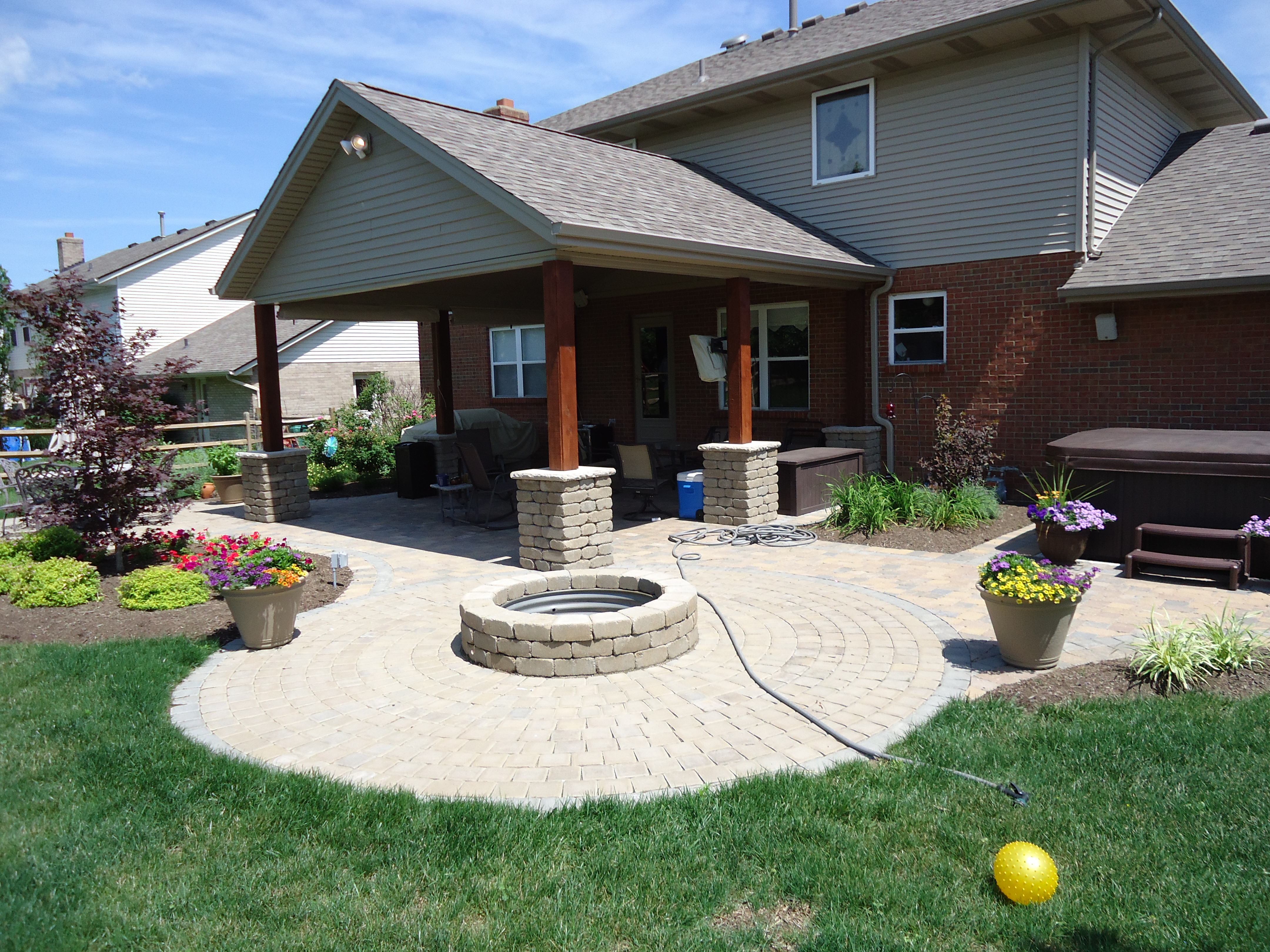 Landscaped Gardens Facility: Wilson Garden Center Inc