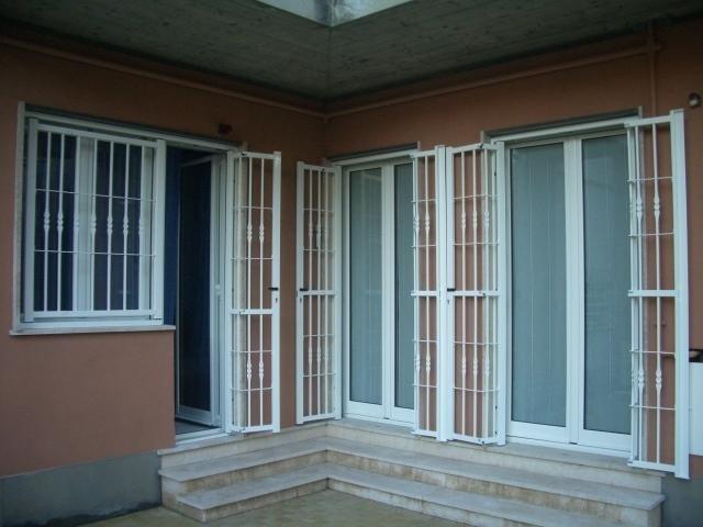 Inferriate fisse o apribili genova ge pinna sas - Verniciare le finestre ...