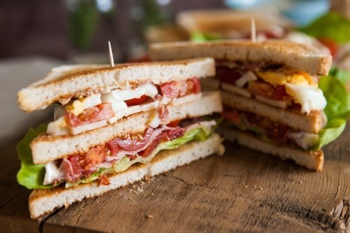 Freshly made clubsandwiches