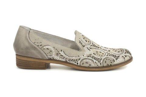 scarpa traforata in vitello donna