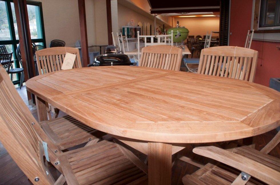 tavoli in legno Cit tende Casarza Ligure