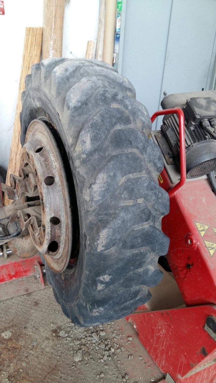 sostituzione pneomatici trattori
