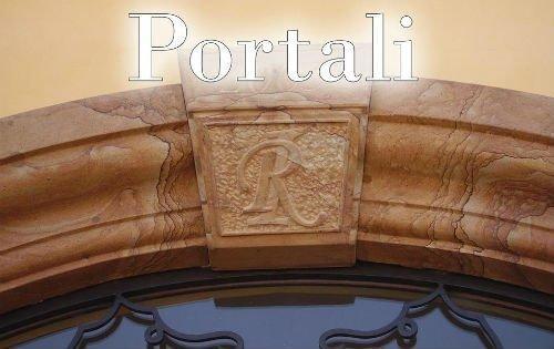 un portale di colore marrone e nero