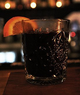 shed5 mulled wine on a glass with orange