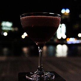 shed5 riverside cocktail at night