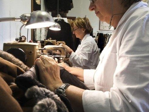 Boifava Lelia è il nostro laboratorio artigianale dove creiamo, lavoriamo e ripariamo pellicce su misura.